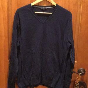 Soft navy v-neck sweater by the gap